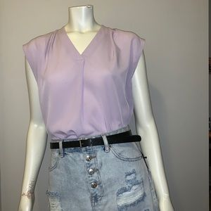 🌸 BANANA REPUBLIC SHORT SLEEVE BLOUSE VIOLET! 🌸